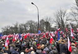 Demonstracja_Komitet_Obrony_Demokracji_KOD_Warszawa_19_grudnia_2015